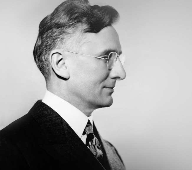 Who is Dale Carnegie? Dale Carnegie of Singapore - Professional Training Courses